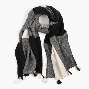 j.crew   wool blanket scarf oversize buffalo plaid
